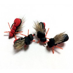Hopper Black and Red - Mosca para la pesca de Ciprinidos